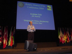 Andrew Grill presenting at the 2004 Rotary District Conference in Sydney